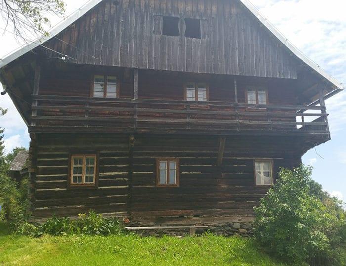 Sanierung-Bauernhaus-Alt